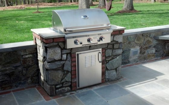 Different Ways You Can Use an Outdoor Fireplace Year-Round in Maryland