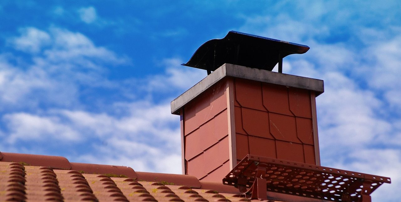 How to Get Your Chimney Ready for Leaves and Snow