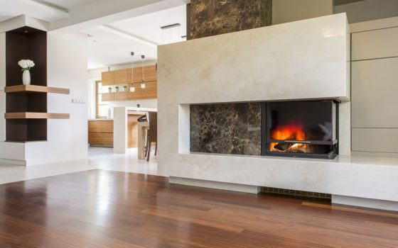 Guide to Gas vs. Woodburning Fireplaces: Comparing Cost and Efficiency
